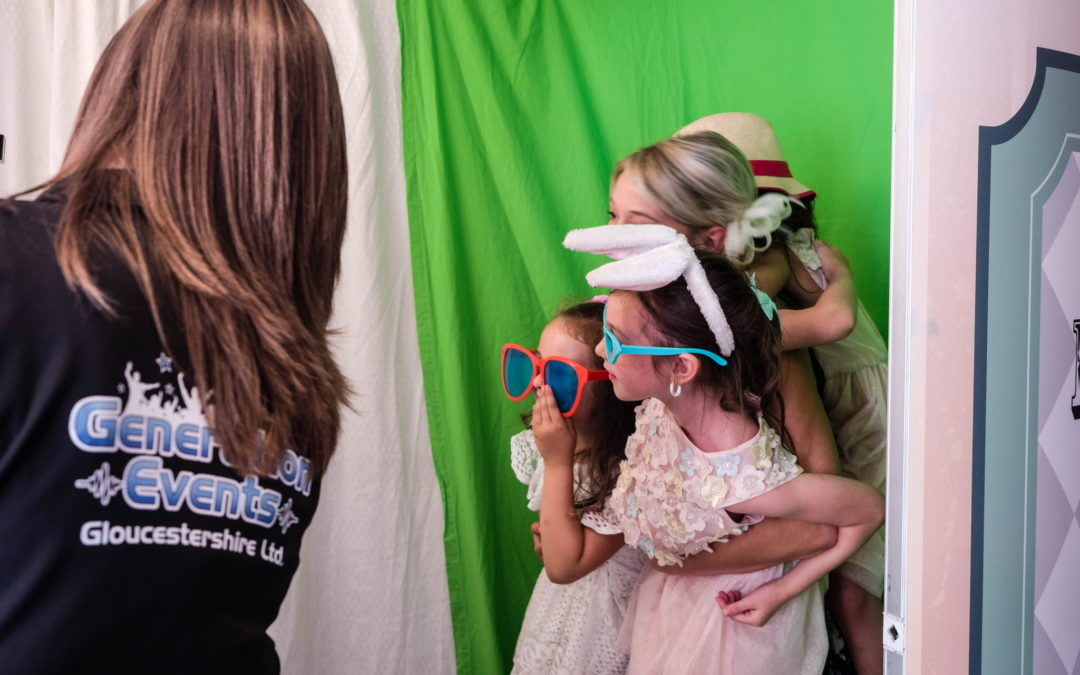 The Photo Booth Specialists In Gloucester, Cheltenham & Throughout Gloucestershire!